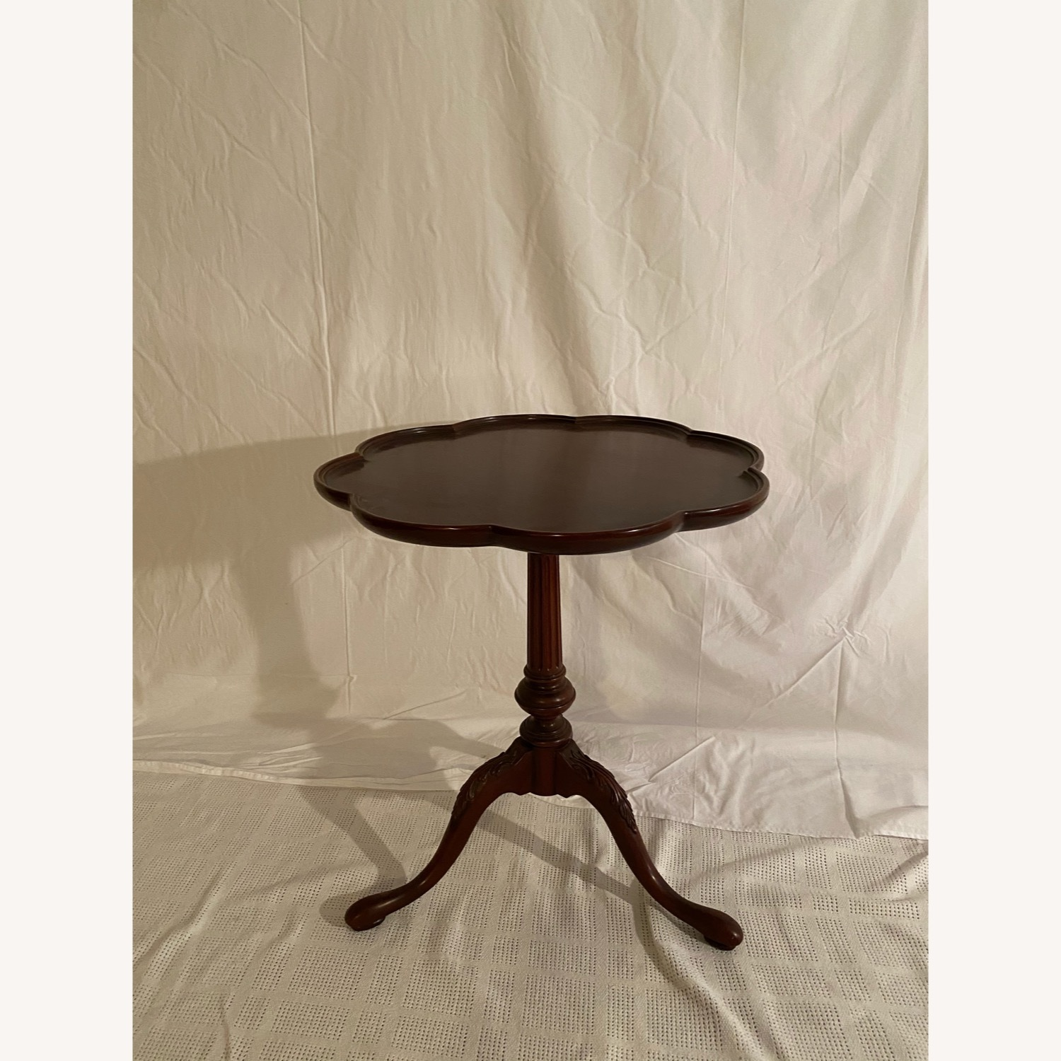 Councill Craftsmen Pie Crust Mahogany Side Table - image-0