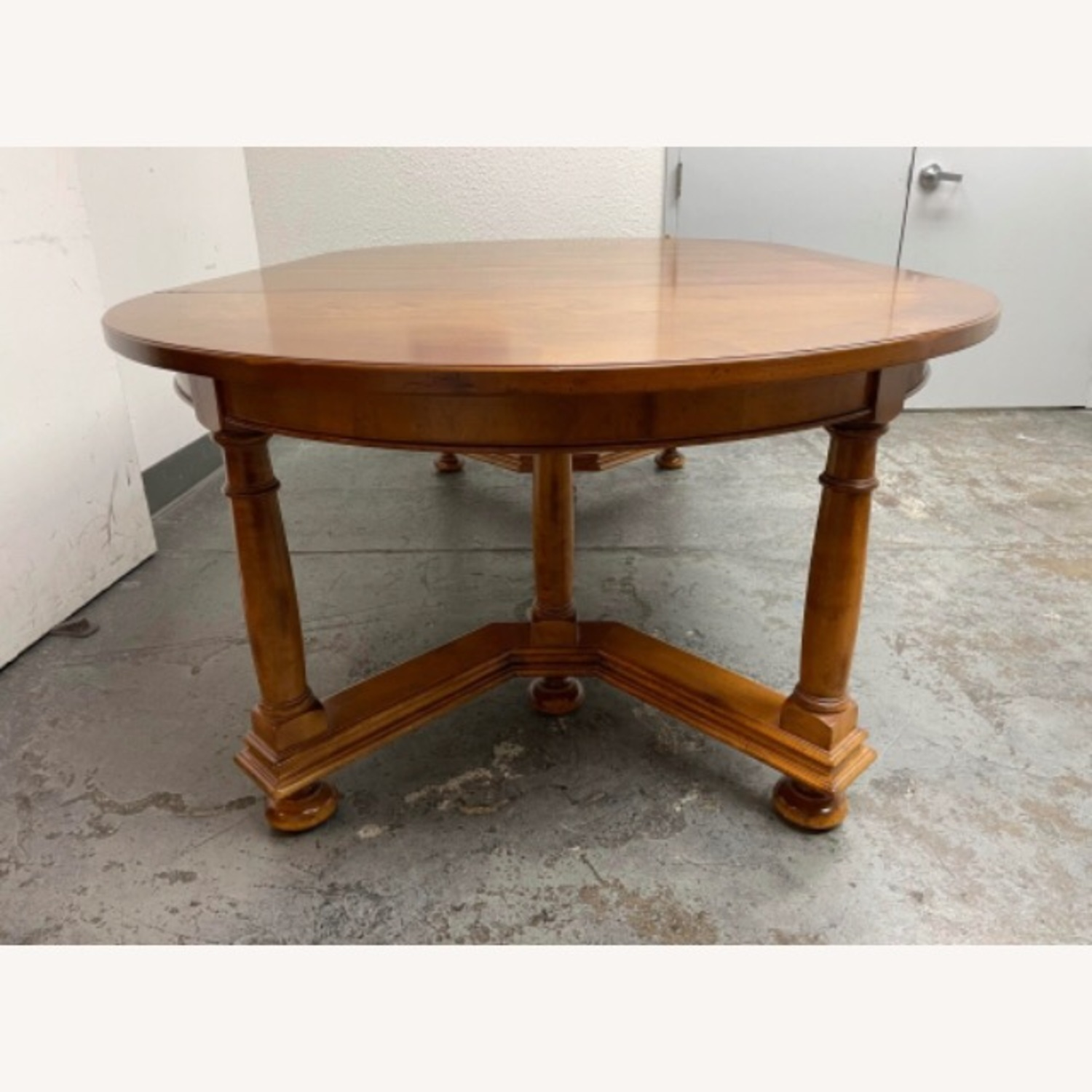 Milling Road Hildebrand Dining Table - image-8