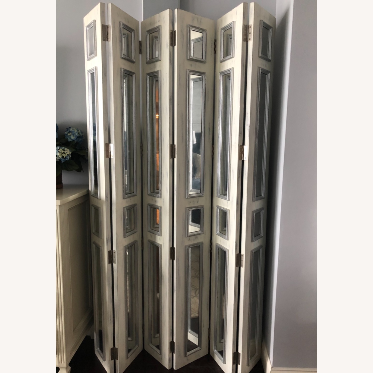 Mirrored Wooden screen John Richard collection - image-1