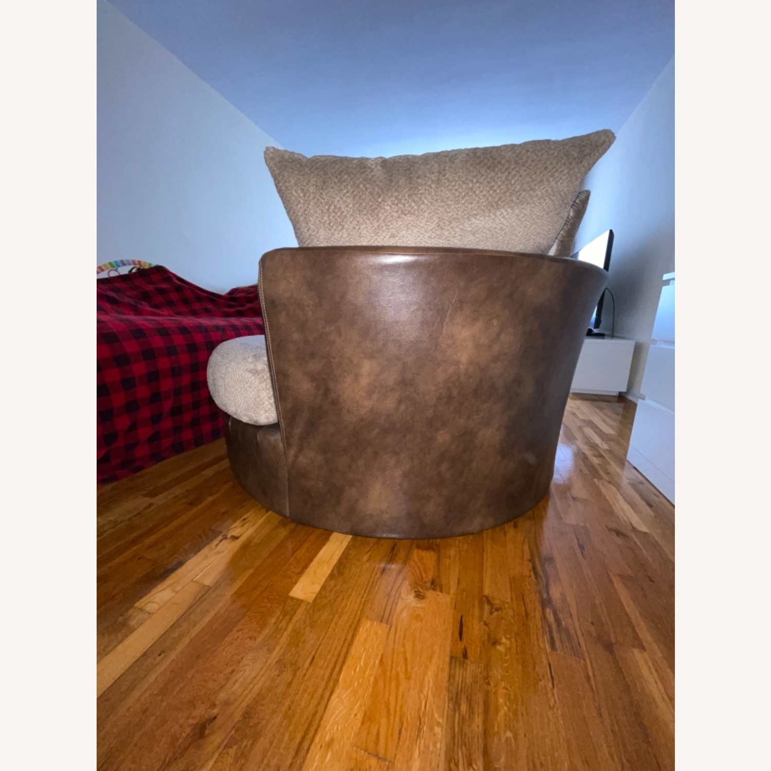 Two-tone Brown Swivel Chair - image-6
