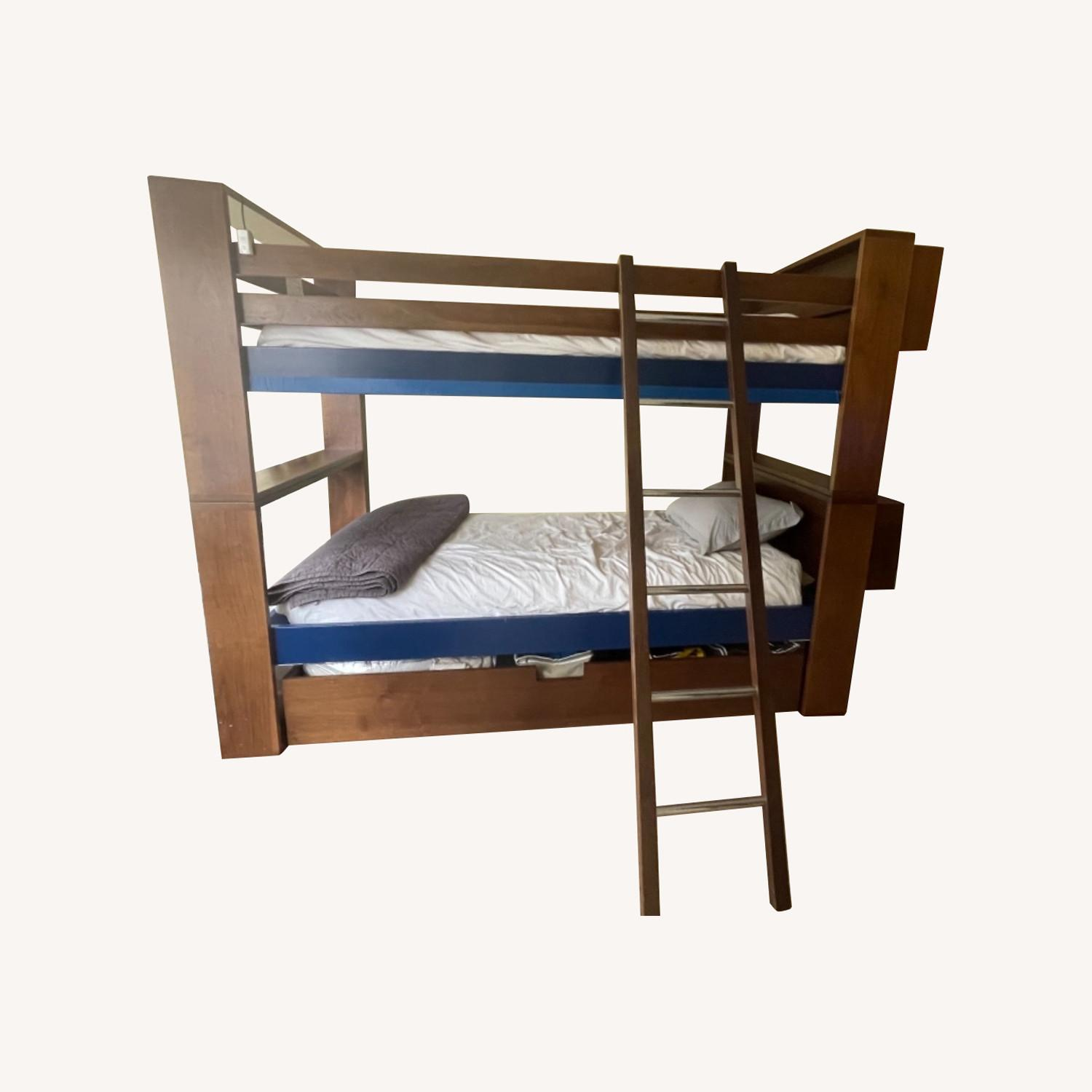 DucDuc Bunk Beds - image-0