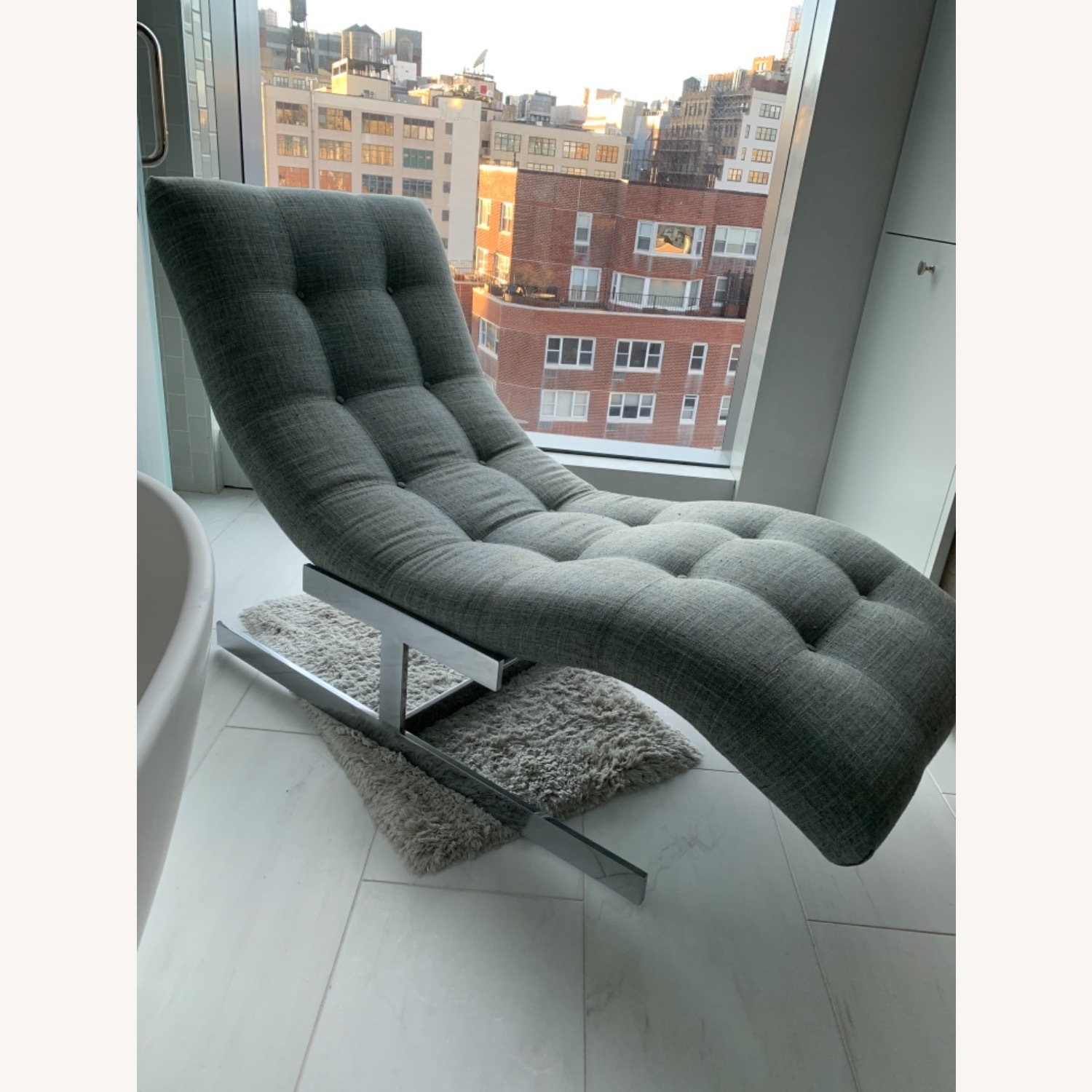 Tufted Recliner Chair - image-2