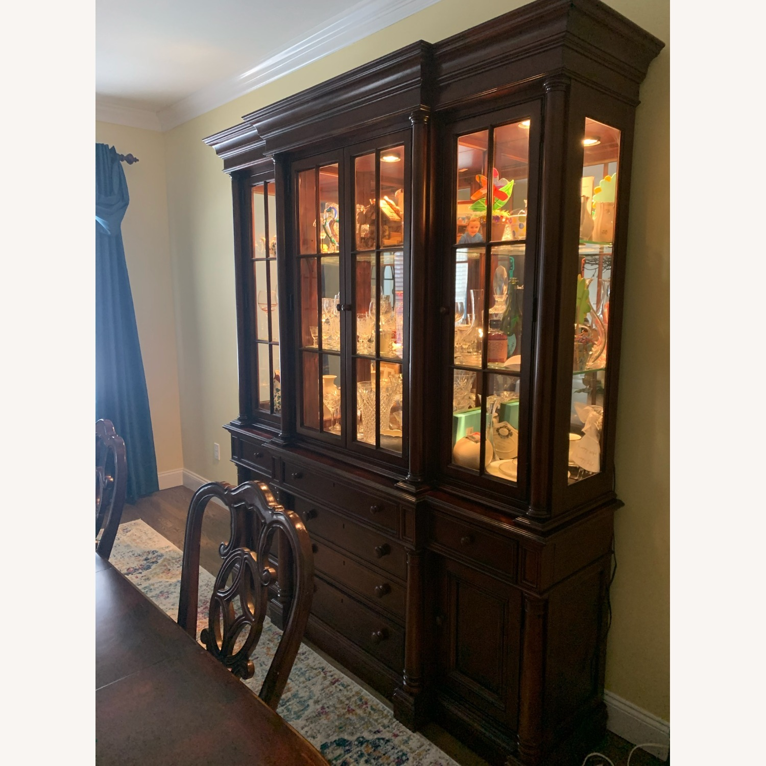 Thomasville China Cabinet Hutch Breakfront Display - image-2