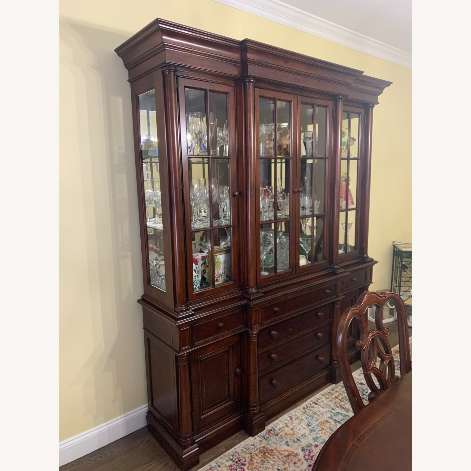 Thomasville China Cabinet Hutch Breakfront Display - image-5