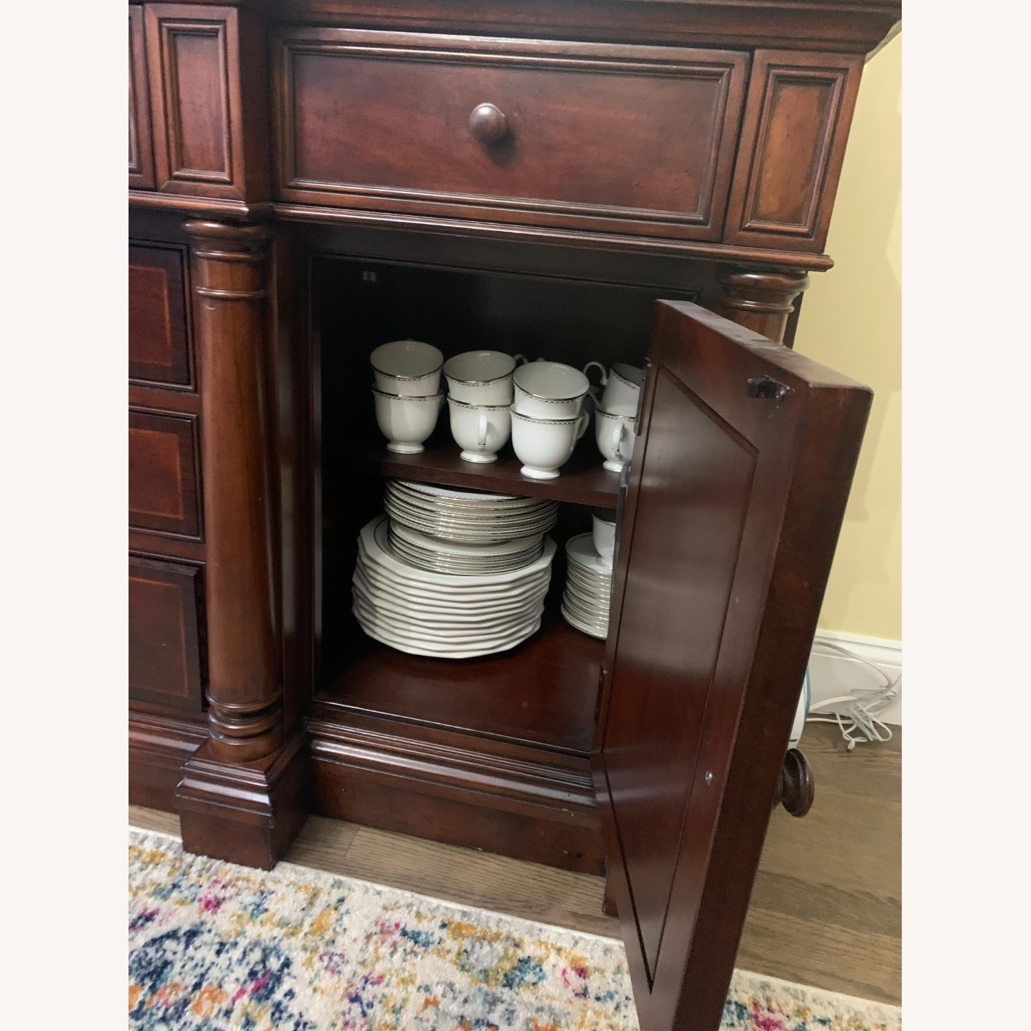Thomasville China Cabinet Hutch Breakfront Display - image-4