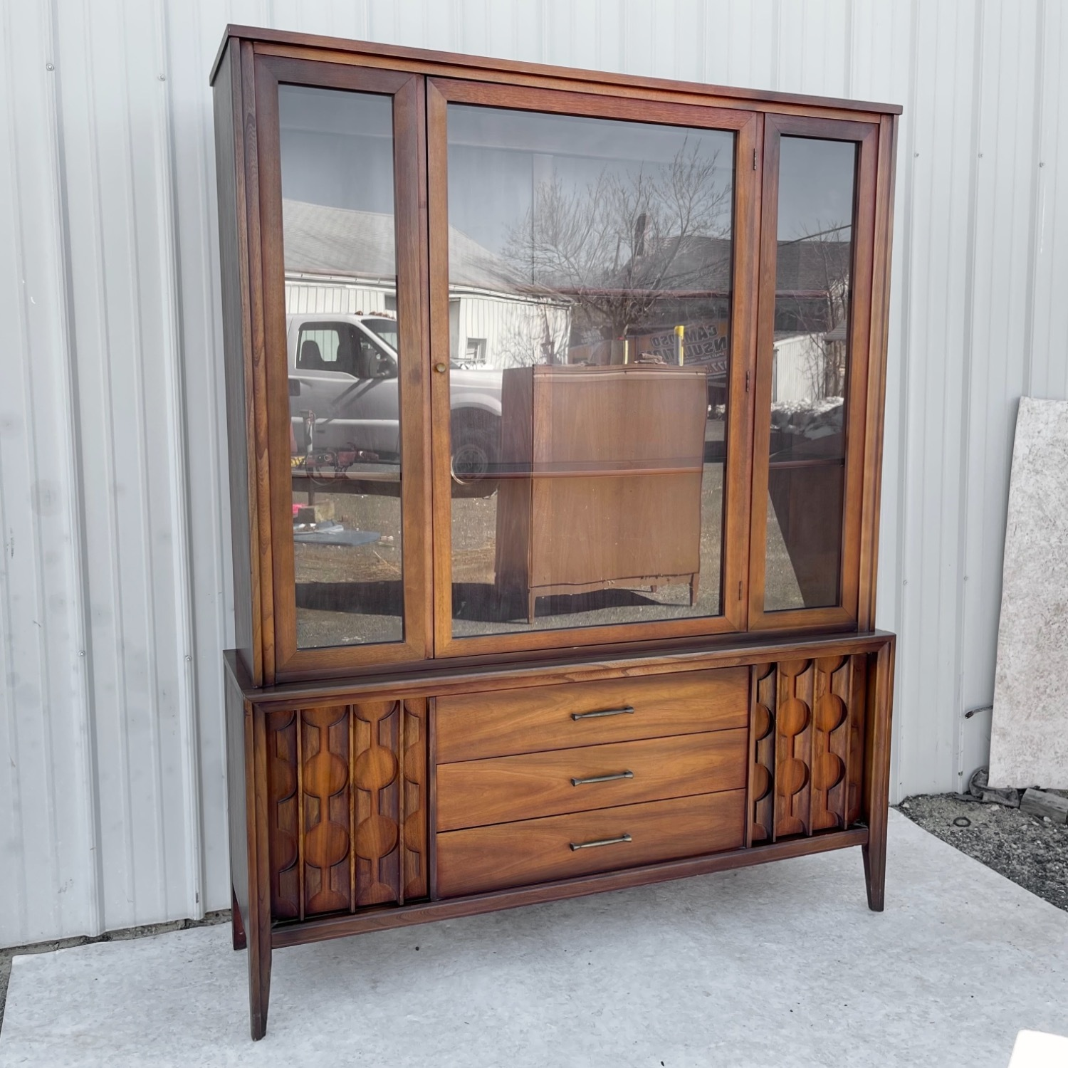 Mid-Century Modern Sideboard With Cabinet - image-1