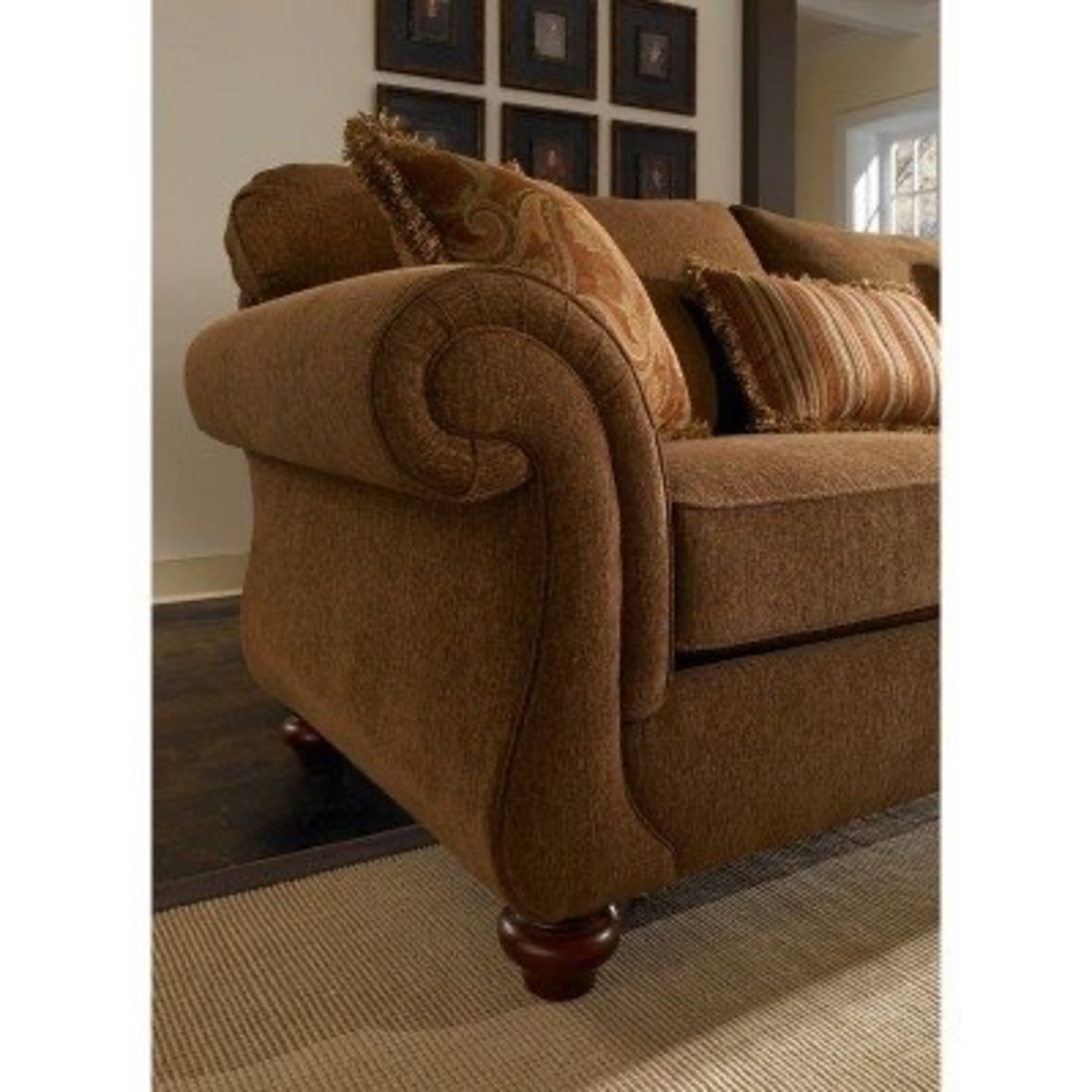 Broyhill Sofas 2 available - image-1