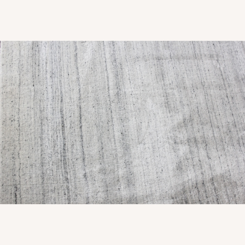 Safavieh 8x10 Ivory and Grey Rug - image-3