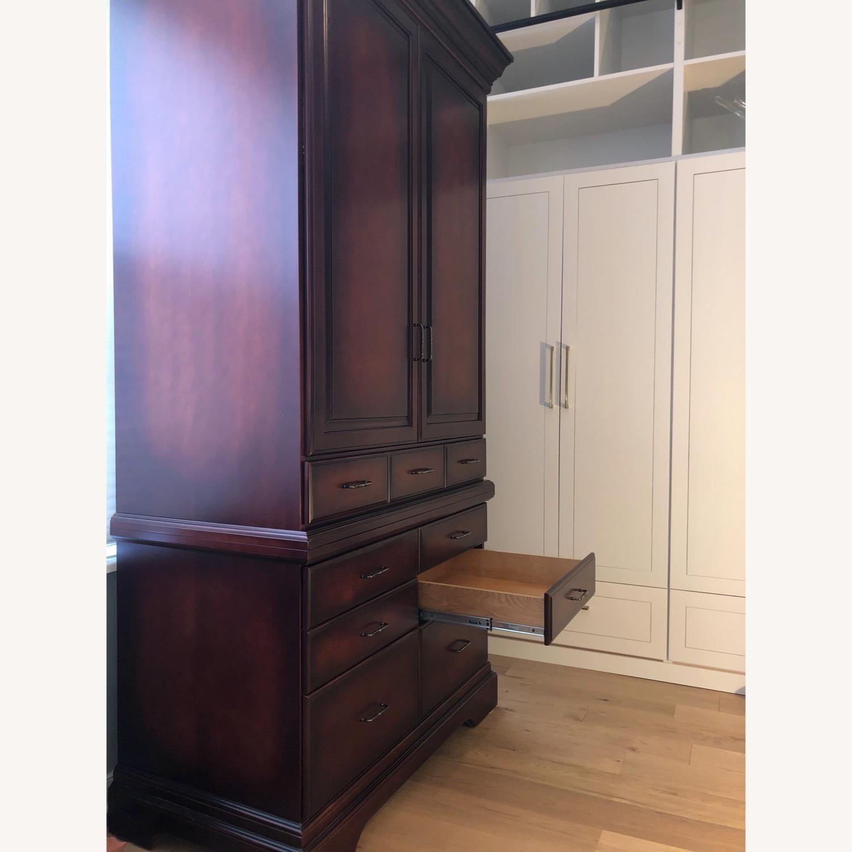 Custom Cabinet - image-10