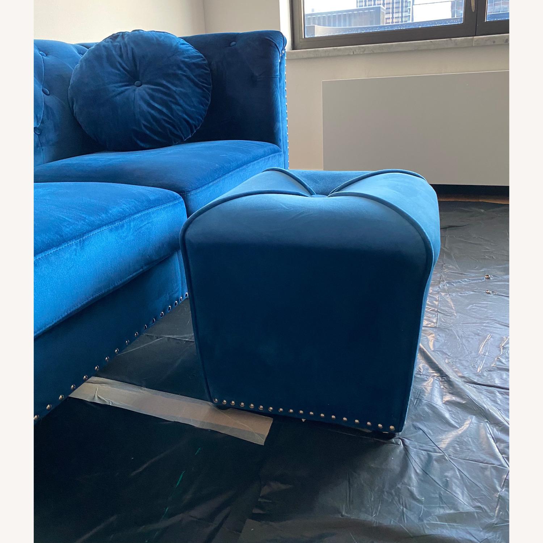 Royal Blue Loveseat Set - image-3