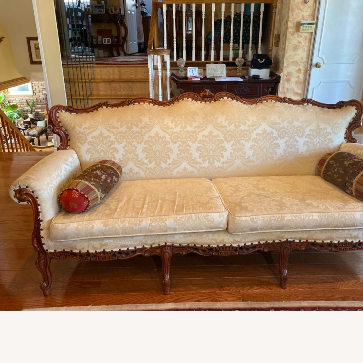 Antique Couch - image-4