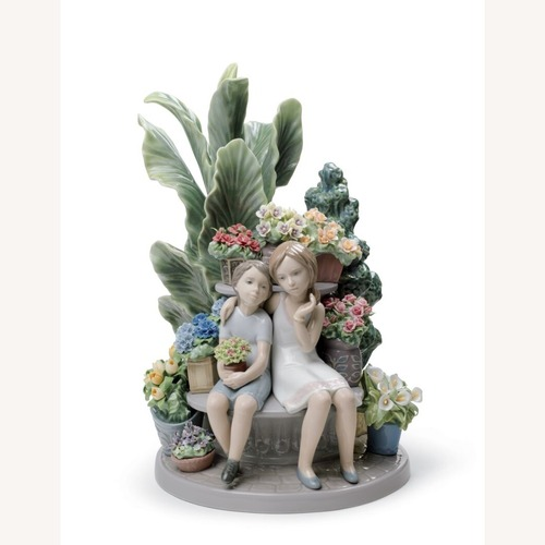 Used Lladro Limited Edition Figurine for sale on AptDeco