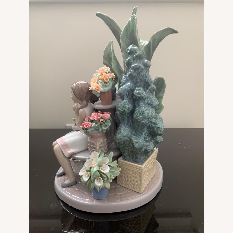 Lladro Limited Edition Figurine - image-3