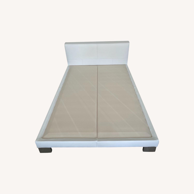 Ligne Roset Christian Warner ANNA Bed - image-0