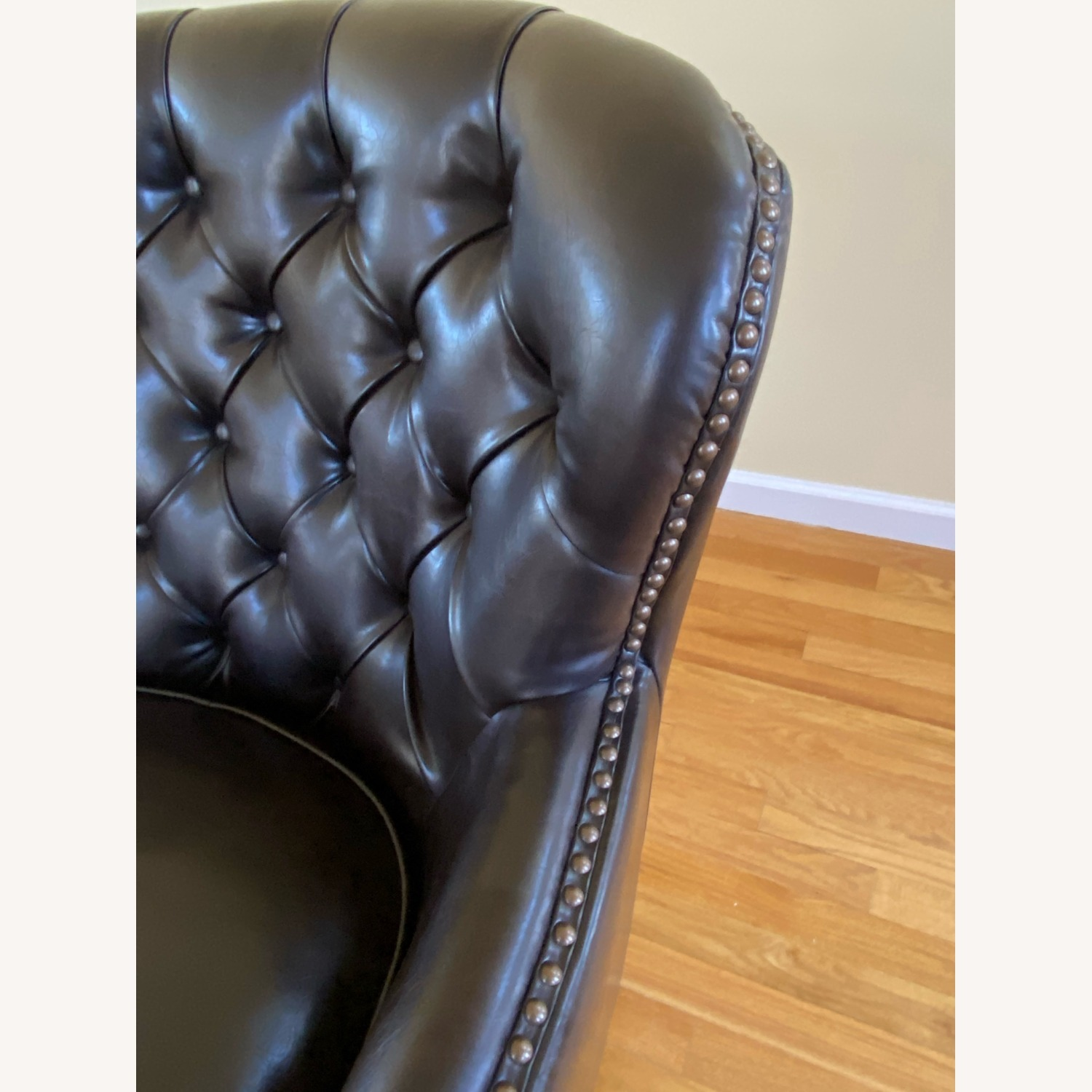 Bonded Leather Club Chair - image-2