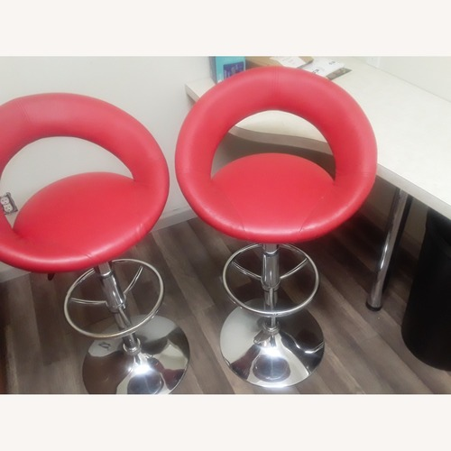 Used Leather Italia USA Fancy Red Chairs for sale on AptDeco