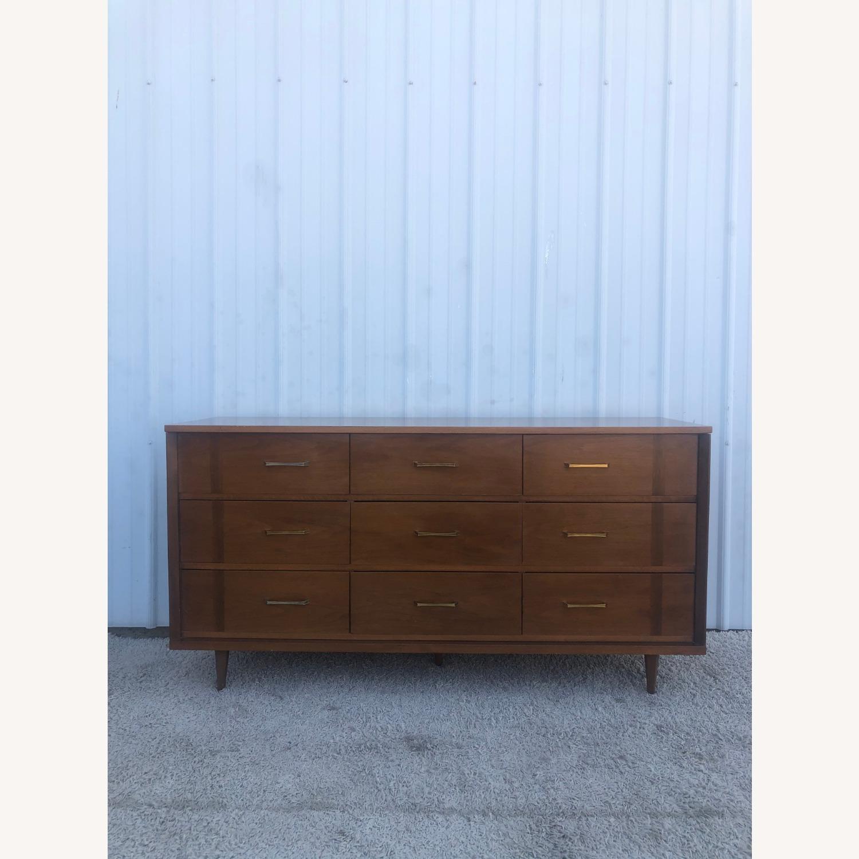 Mid Century 9 Drawer Dresser with Brass Hardware - image-5