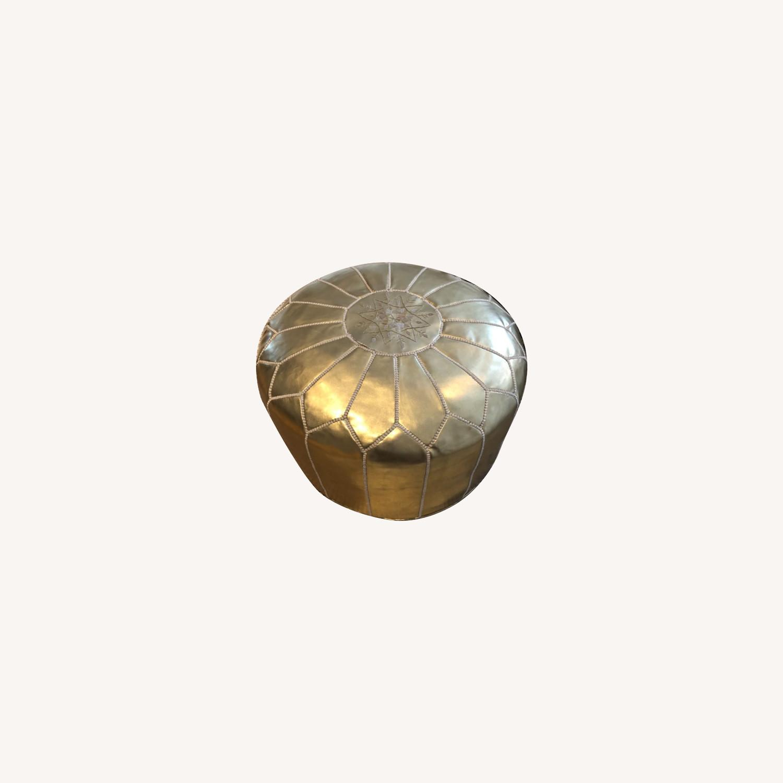 Gold Pouf - image-0