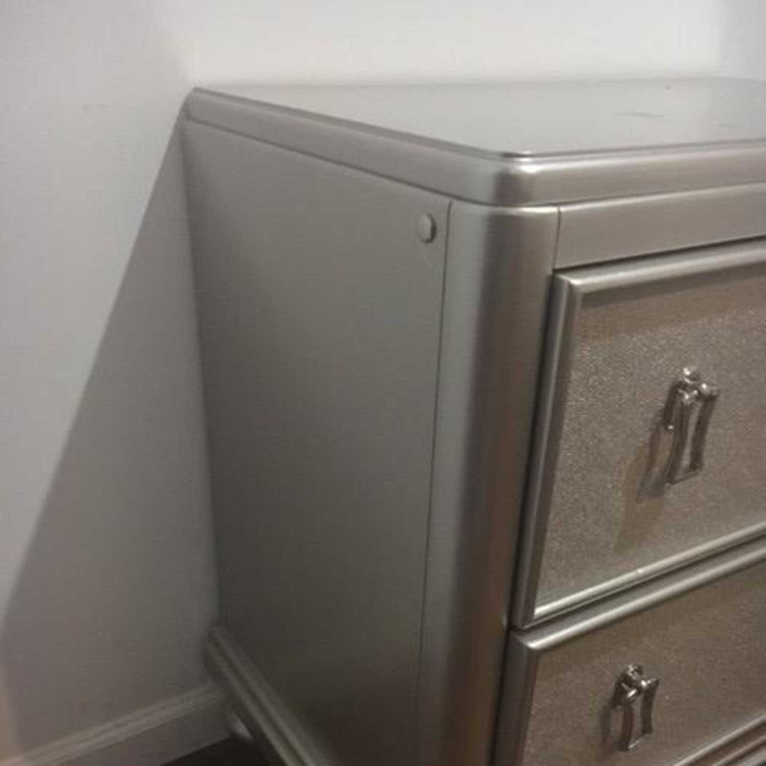 Bob's Discount Furniture Silver Nightstand - image-5