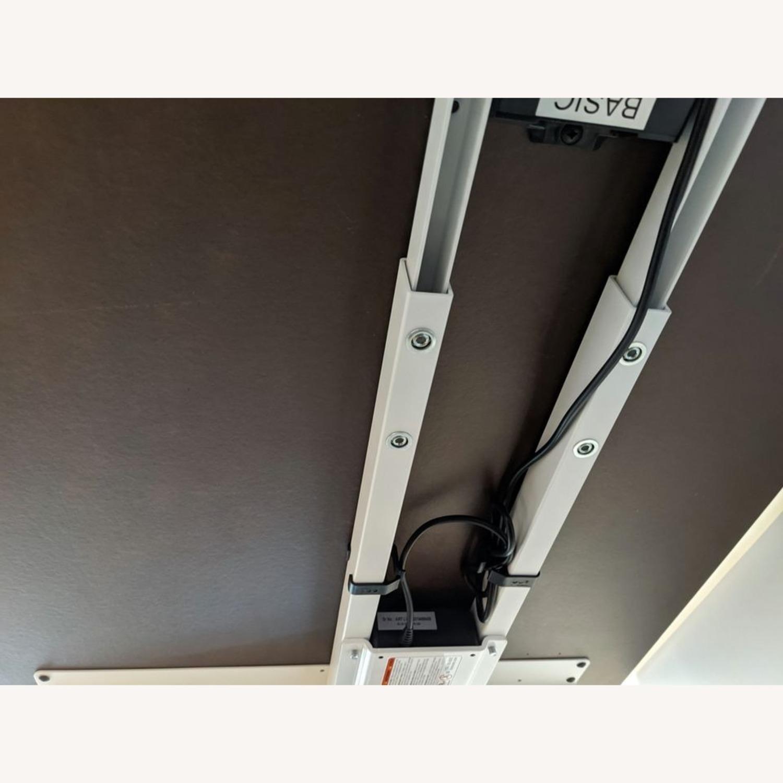 Steelcase Migration SE Sit-to-Stand Desk 58'' - image-8