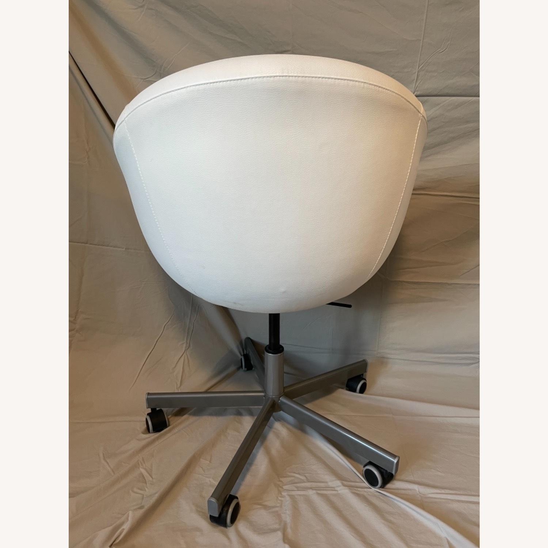 IKEA Skruvsta Swivel Chair, Set of 2 - image-3