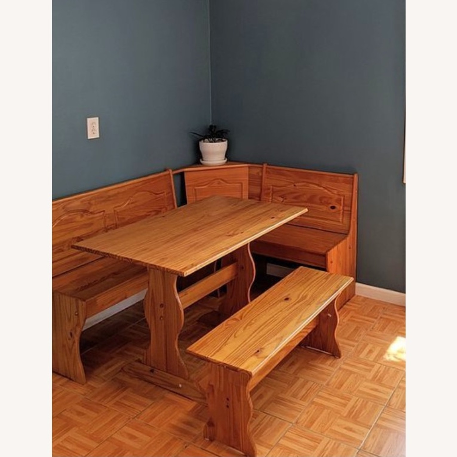 Dining Nook Made in Brazil - image-1