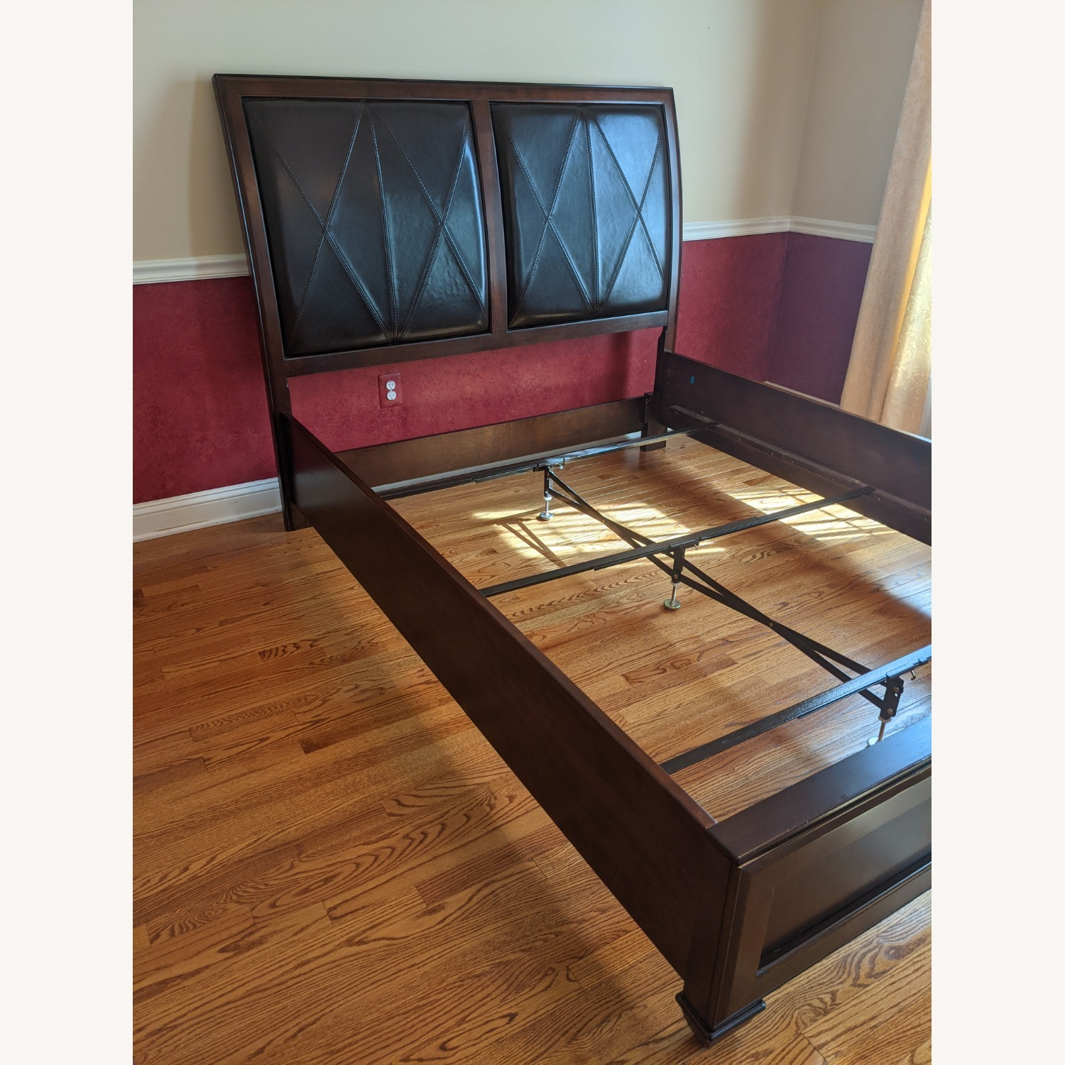 Raymour & Flanigan Queen Bed - image-2