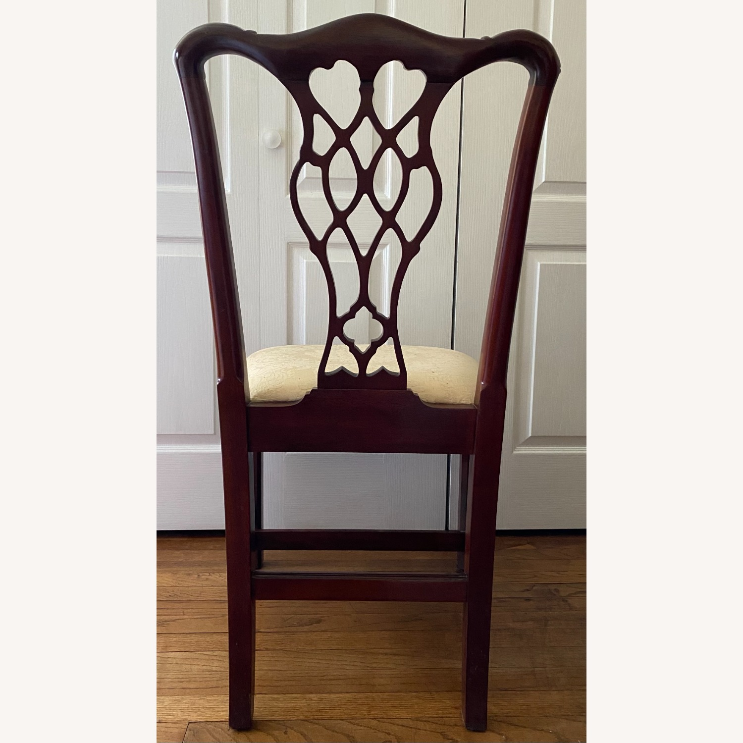 4 Councill Mahogany Chippendale Dining Chairs - image-6