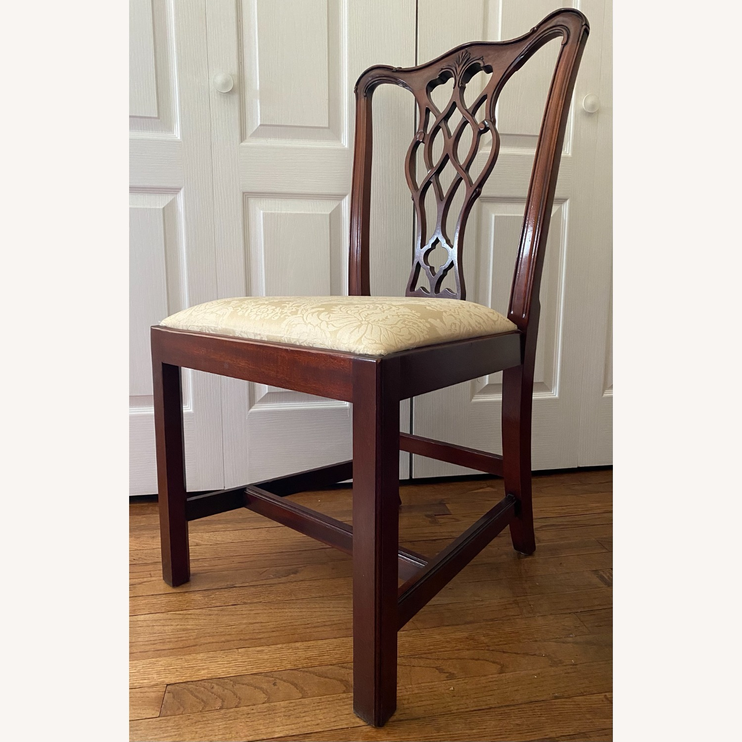 4 Councill Mahogany Chippendale Dining Chairs - image-3