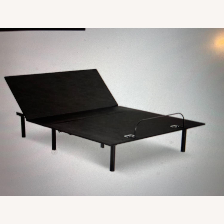 Leggett & Platt Queen Size Adjustable Bed Frame - image-2