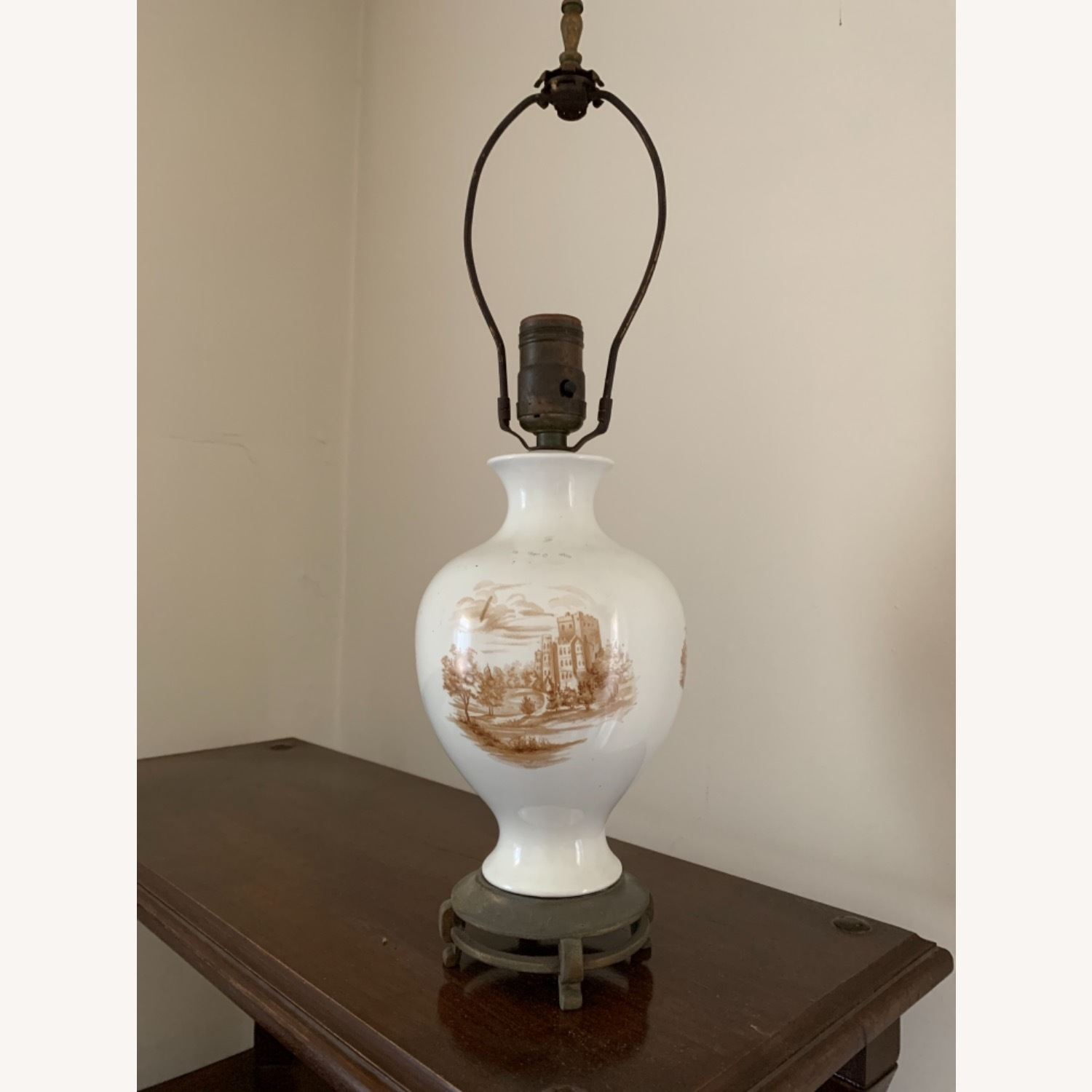 Painted Ceramic Lamp on Brass Base - image-1