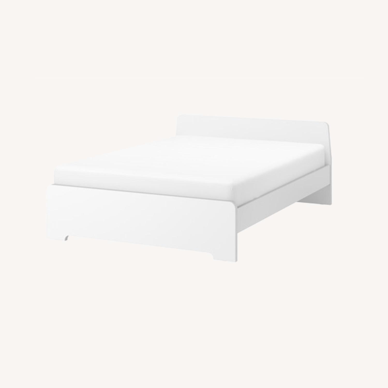 IKEA ASKVOLL White Full Size Bed - image-0