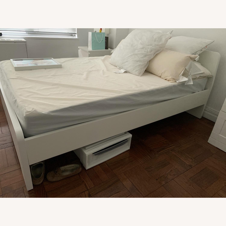 IKEA ASKVOLL White Full Size Bed - image-5