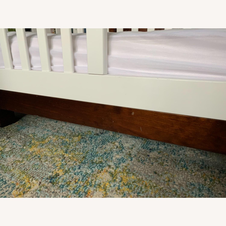 Babyletto Modo Crib white/dark wood - image-2