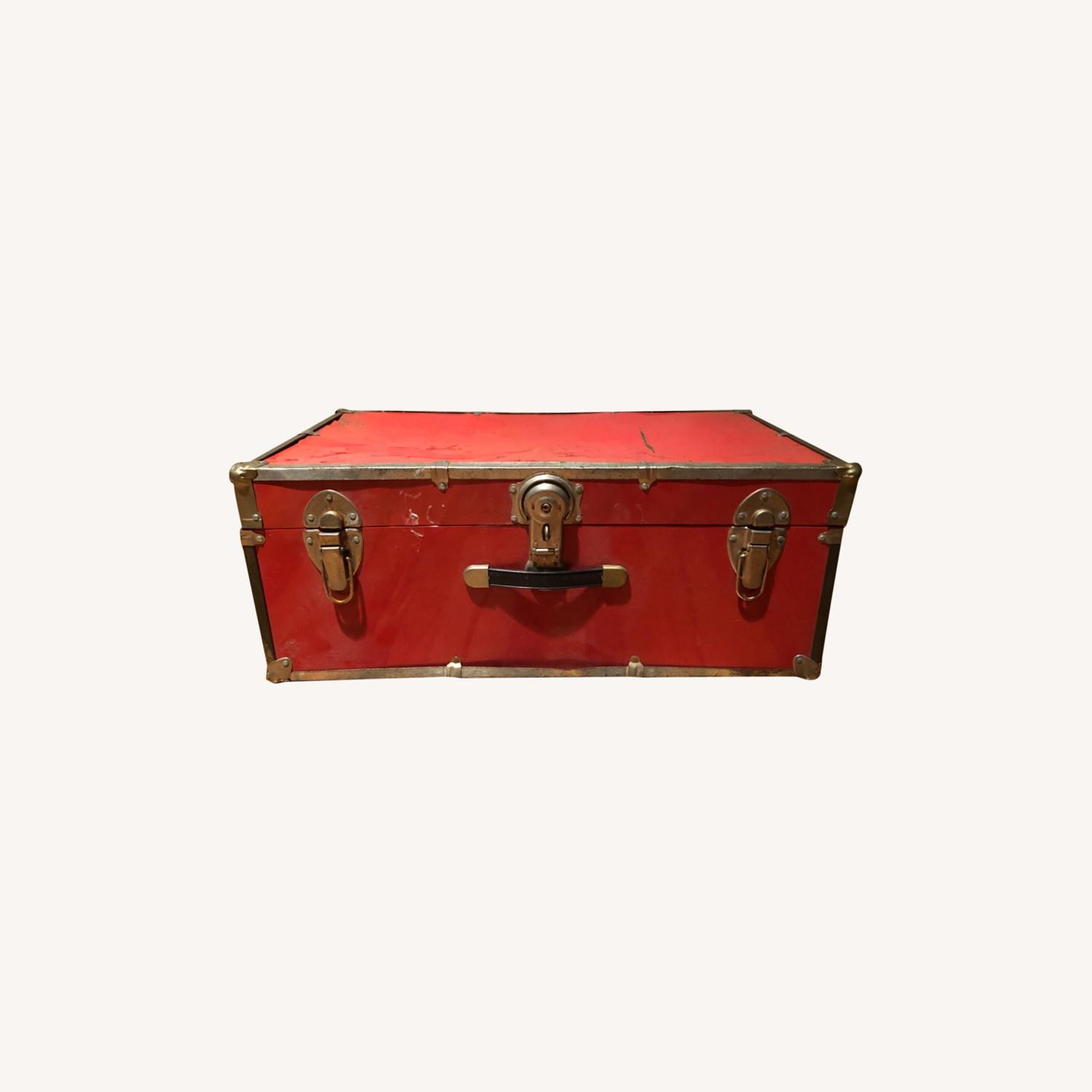 Hipster Red Trunk - image-0