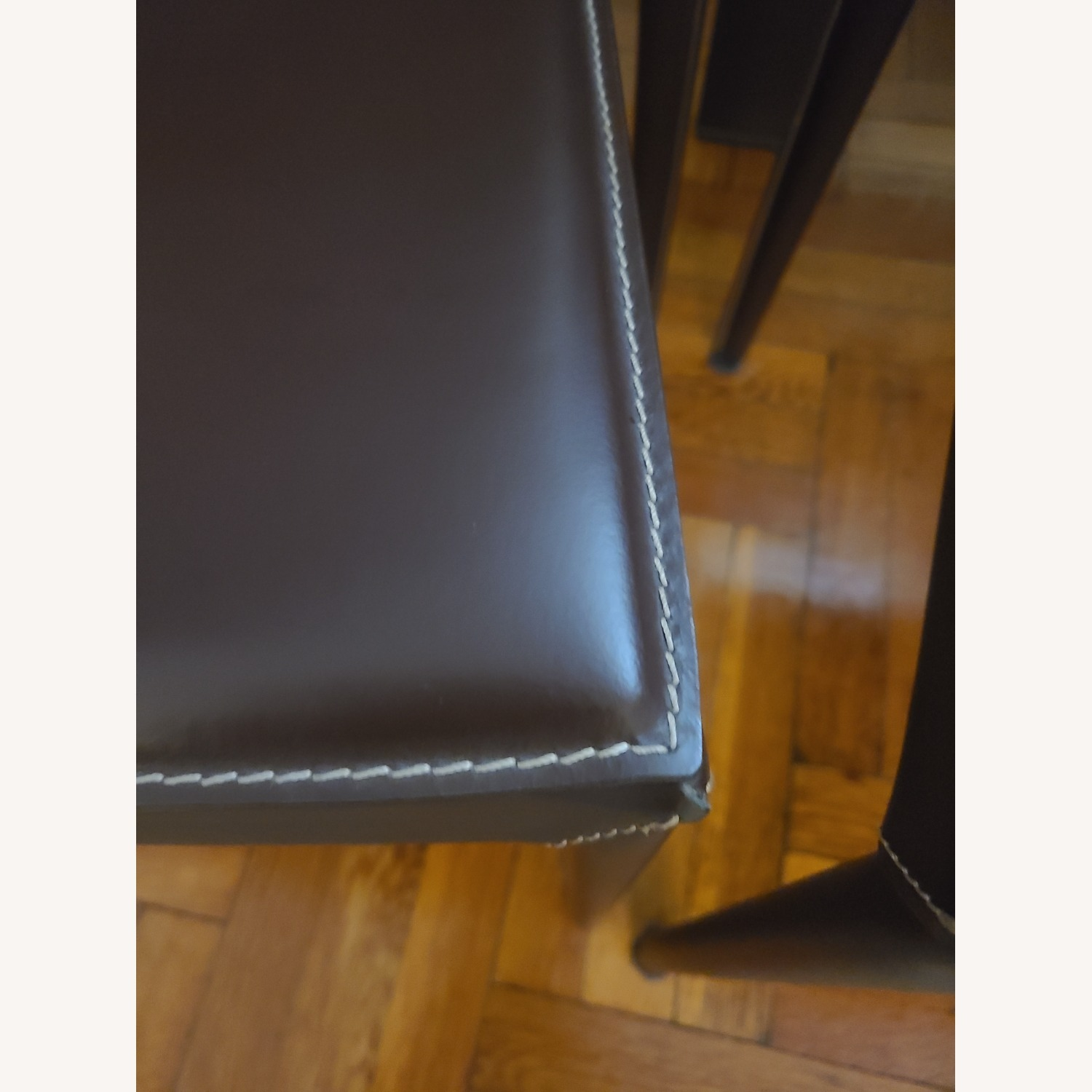 Calligaris Extension Table w/ 4 Chairs - image-17