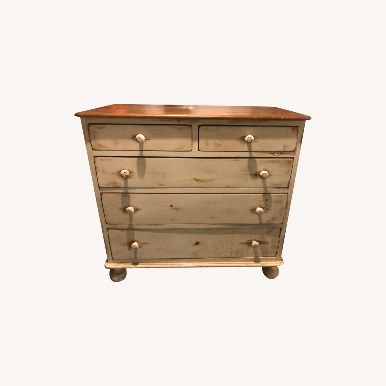 Solid Pine Dresser - Exceptional Craftsmanship - image-0