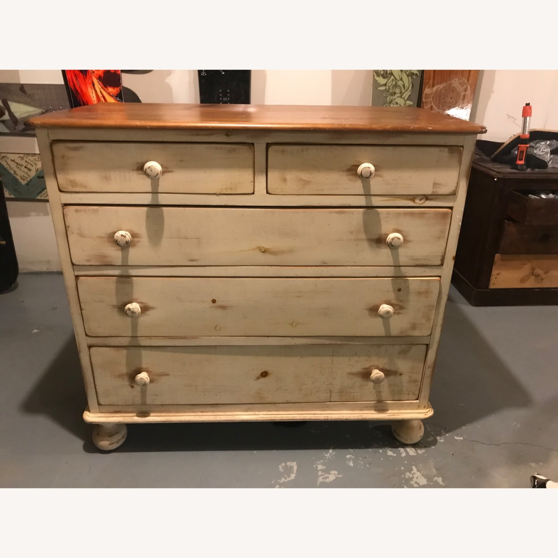 Solid Pine Dresser - Exceptional Craftsmanship - image-1