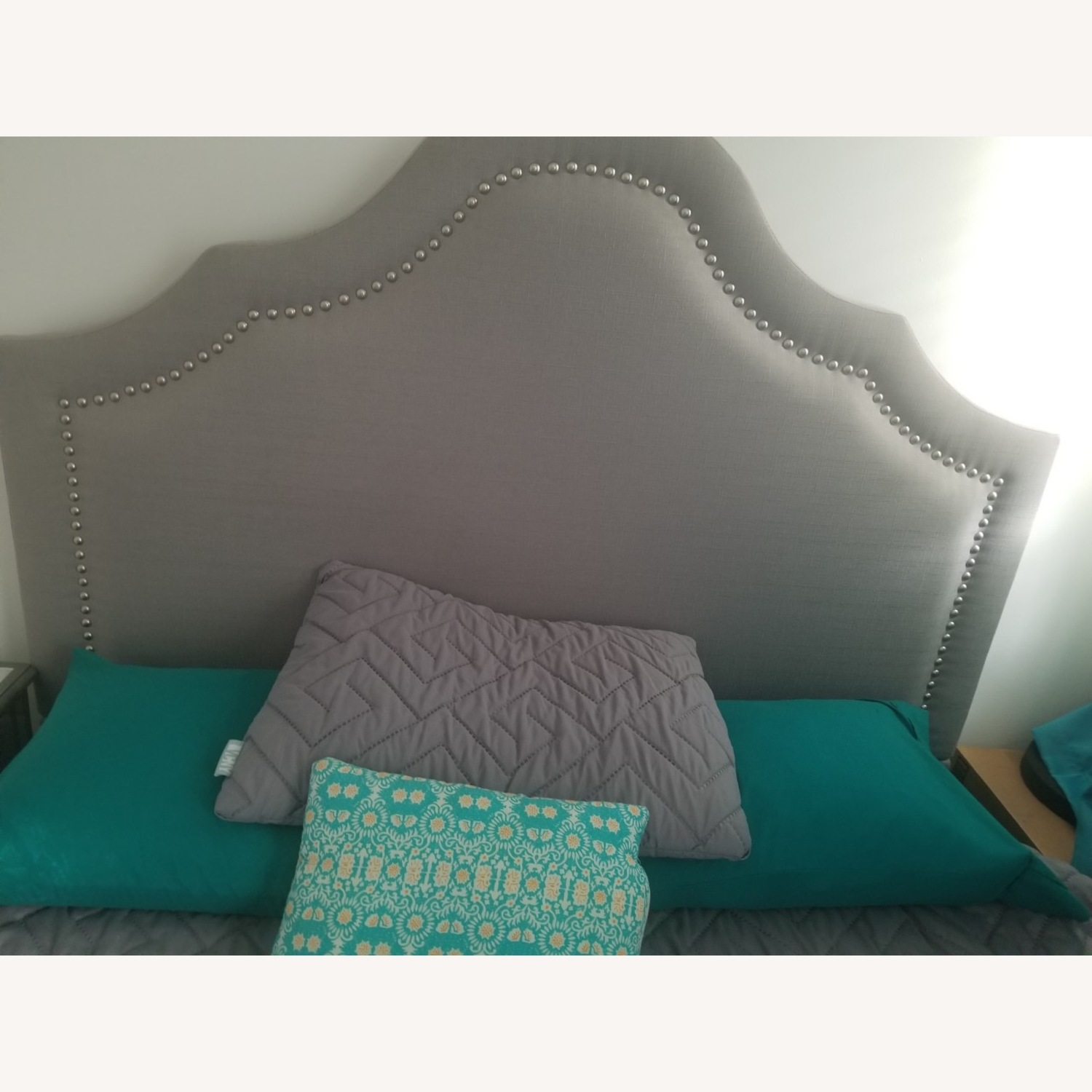 Wayfair Comfy Elegant Queen Bed - image-4