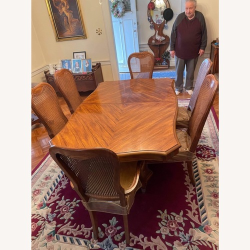 Used Stanley Vintage Extendable 7 -Piece Dining Set for sale on AptDeco