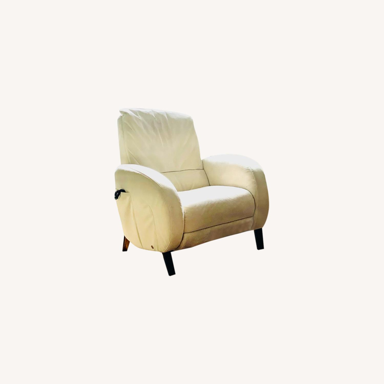 Natuzzi Motor Reclining Media Chairs - image-9