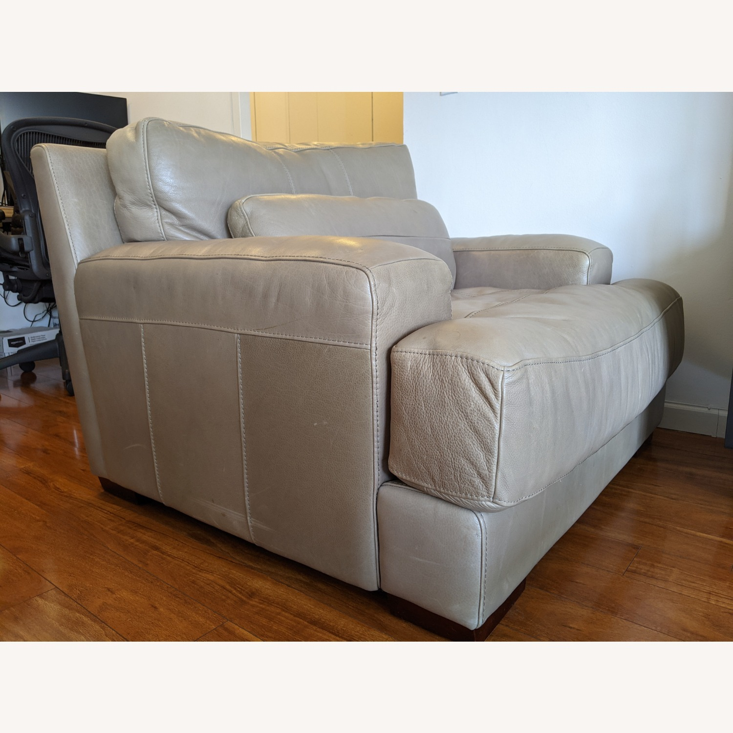 Modern Leather Lounge / Armchair - image-2