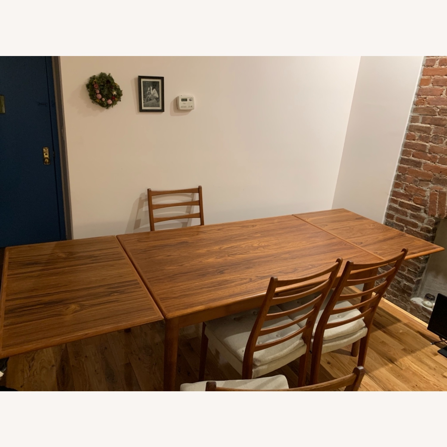 Mid Century Extendable Dining Table w/Four Chairs - image-5