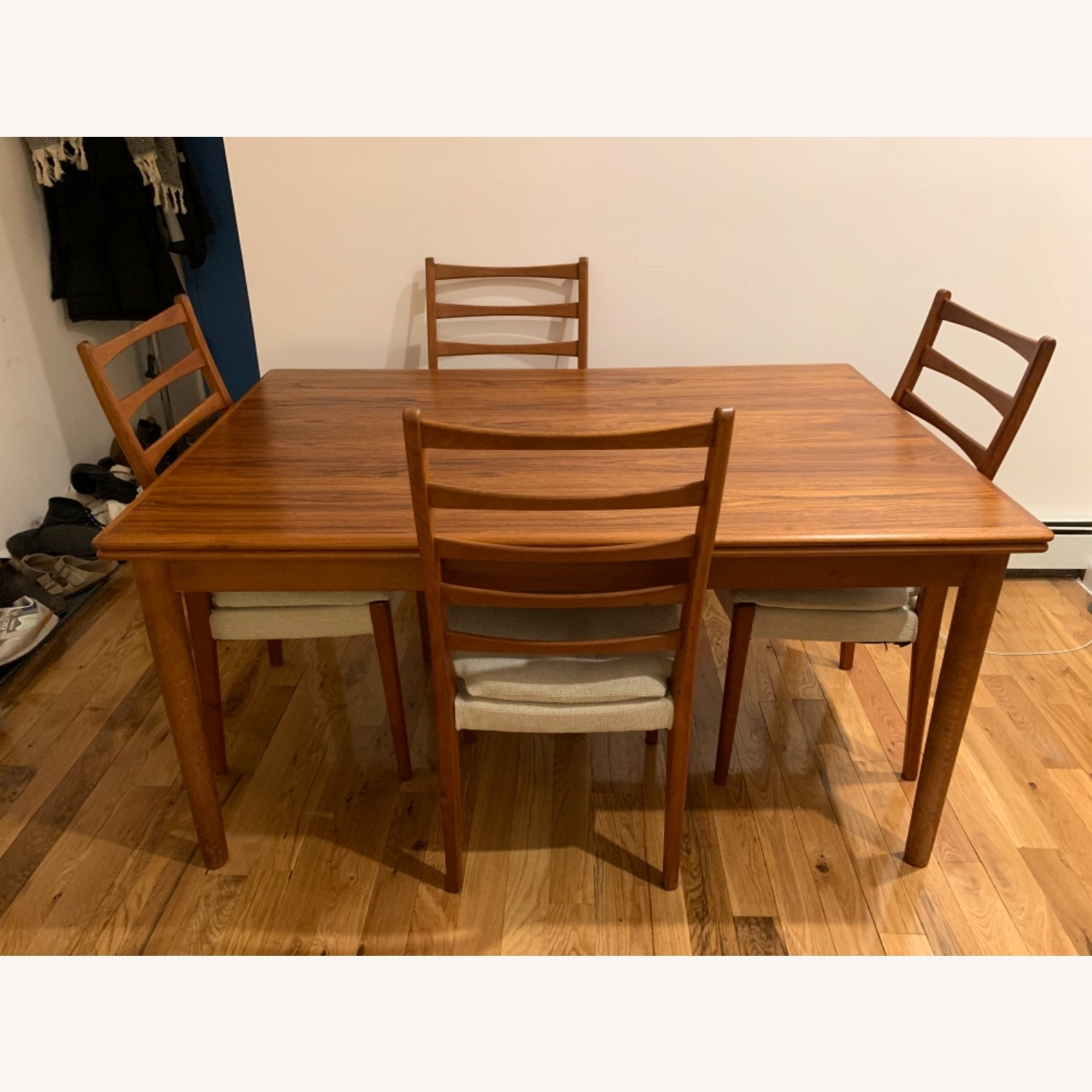 Mid Century Extendable Dining Table w/Four Chairs - image-4