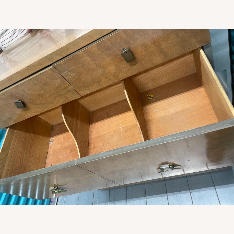Vintage Mid Century 1950s Dresser - image-19