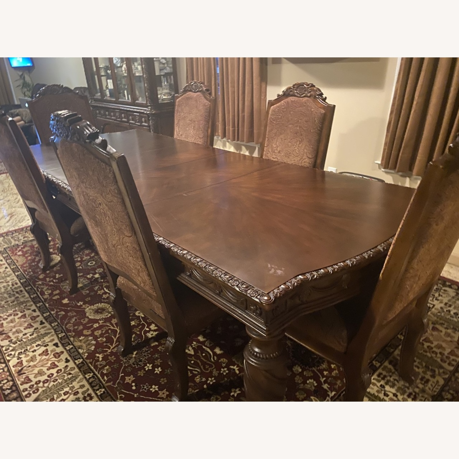 Ashely Furniture 6 pc Dining Table - image-1