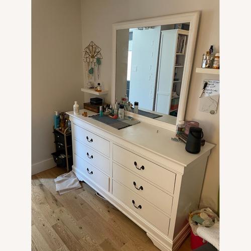 Used Large 6 Drawer Dresser w Detachable Mirror for sale on AptDeco