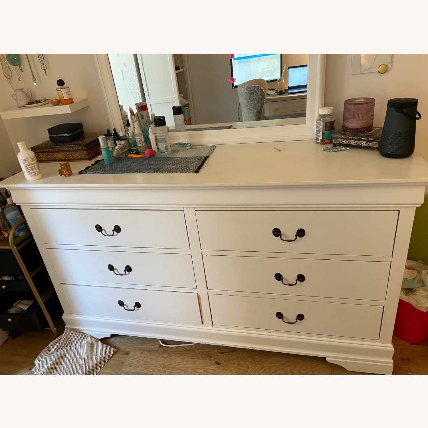 Large 6 Drawer Dresser w Detachable Mirror - image-2