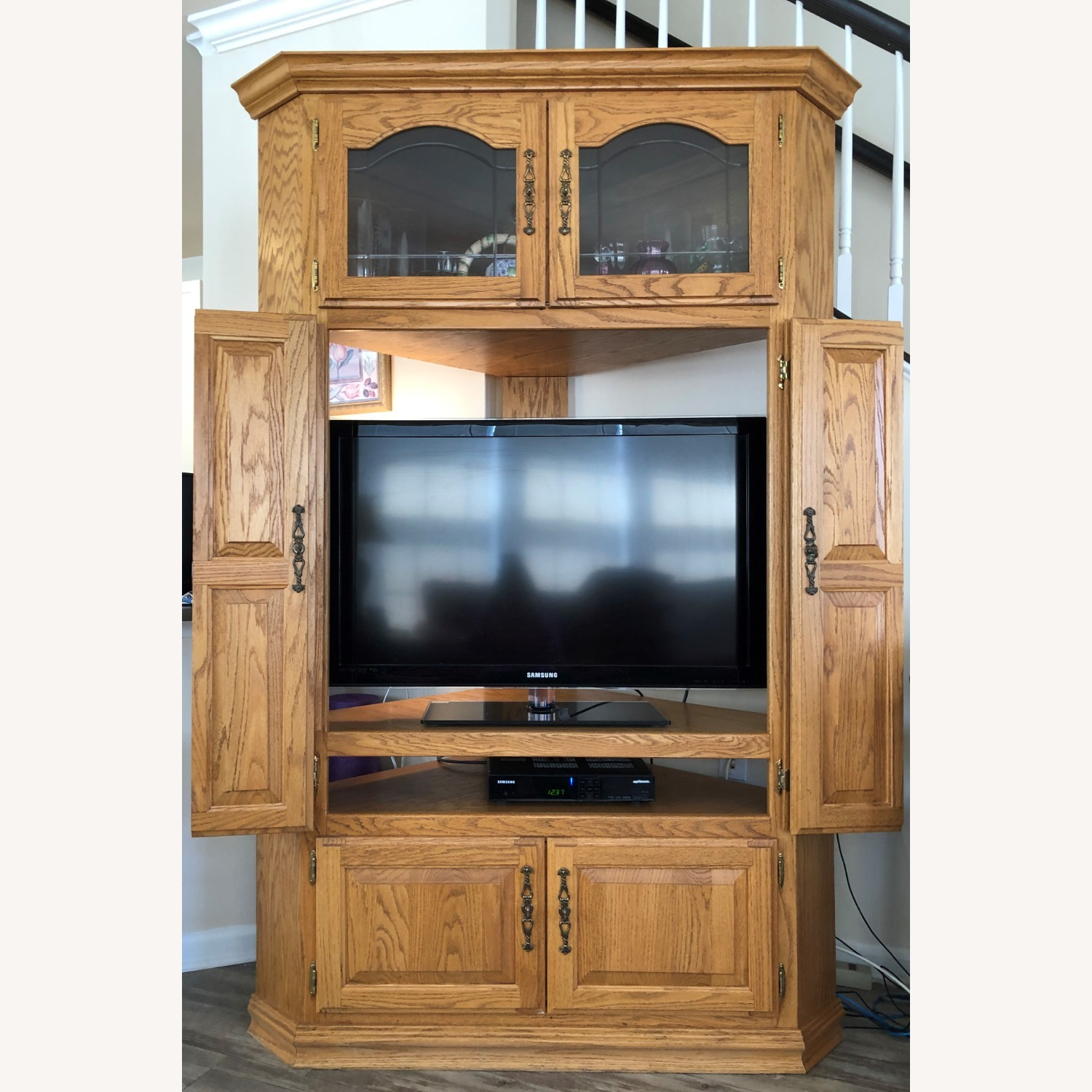 Oak Corner Unit/TV Cabinet - image-3