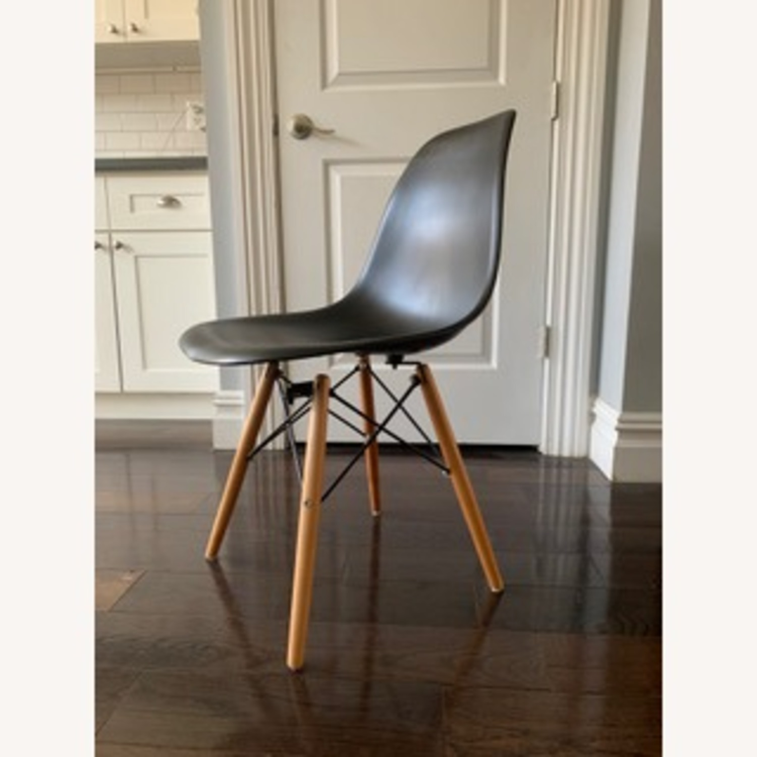 Eames DSW Molded Plastic Side Chairs - Replica x 5 - image-1